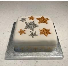 Star Christmas cake